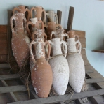 Amphorae_stacking